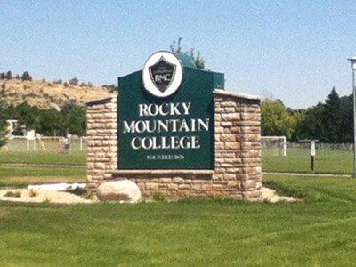 rocky-mountain-entrance-sign